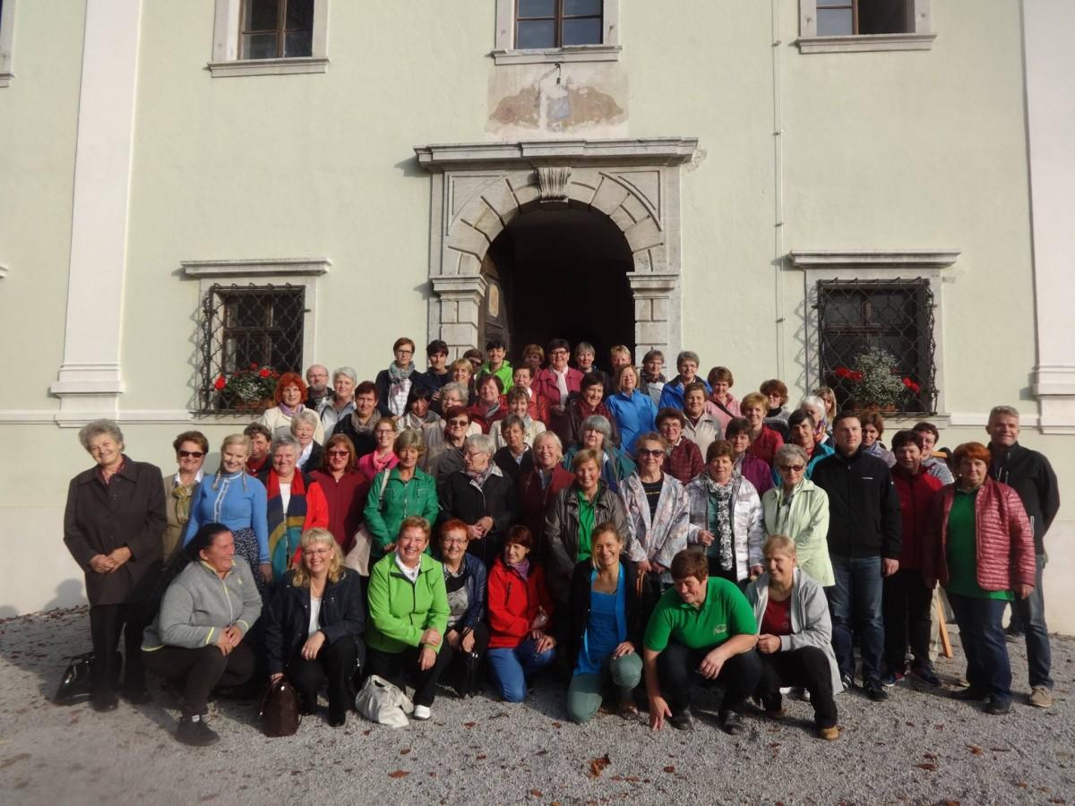Srečanje kmetic Gorenjske v Poljanski dolini
